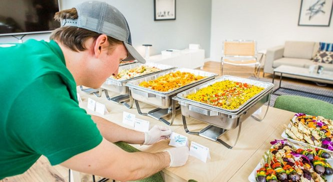 Important Aspects to Consider for Hiring the Best Corporate Catering Service