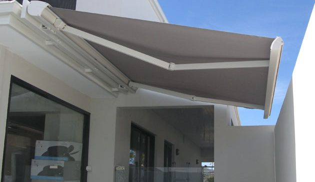 Three Types of Folding Arm Awnings and Their Benefits