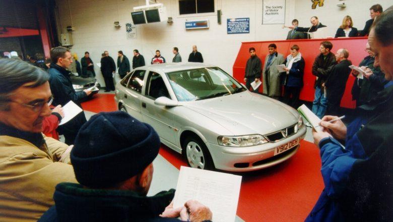 Beware of the Public Car Auction: Choose a Dealer Instead